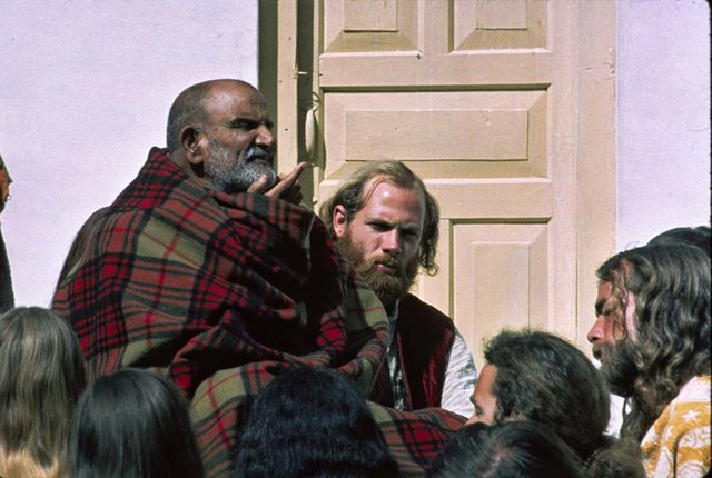 Maharajji and Western Satsang with Kabir Das