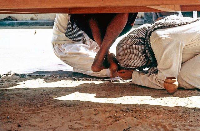 Pranam at Maharajji's feet