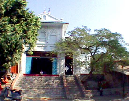 Maharajji's Kanpur Ashram at Paniki